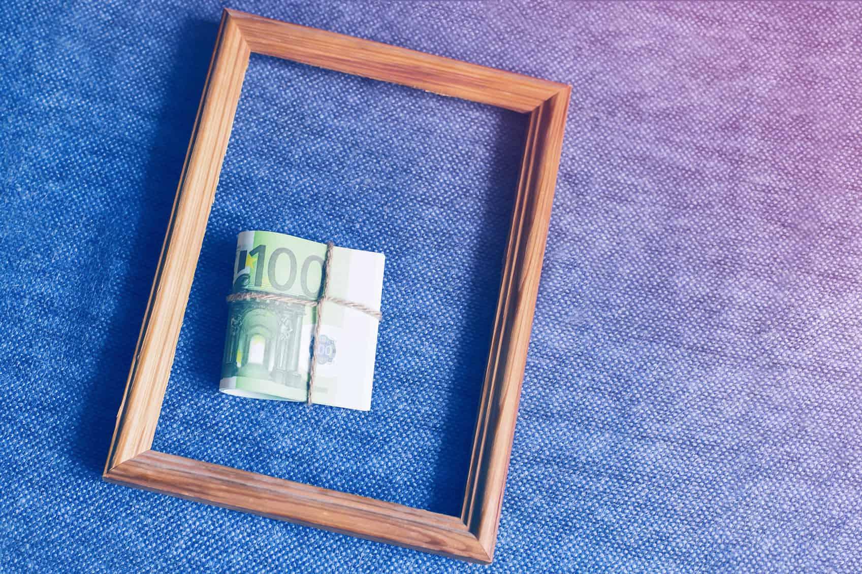 pieniądze na ścianie - inwestycja w sztukę